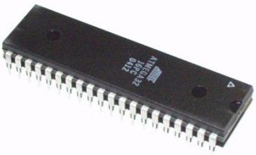 ATmega32 Microcontroller IC