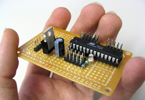 Plug in ATmega8 IC